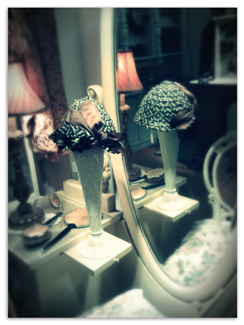 You can find some nice pieces to decorate your boudoir
