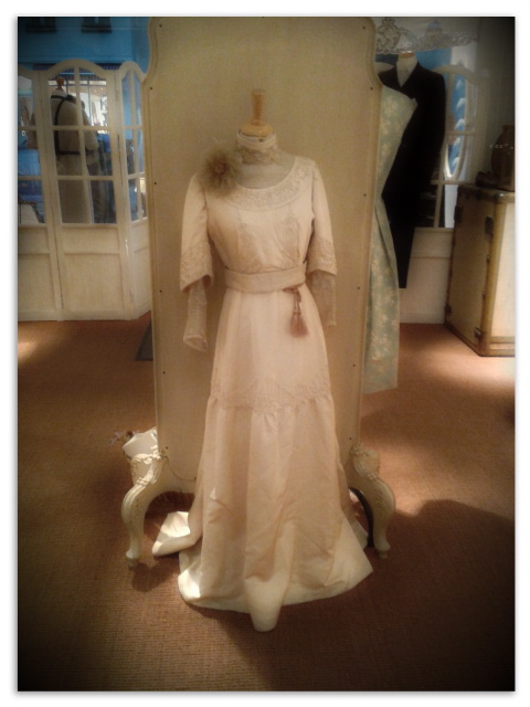 1910's dress almost as new. My precious!