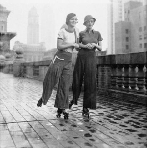 Roller skating girls, New York 1933